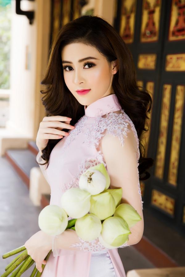 Người đẹp Lý Kim Thảo khoe vẻ đẹp dịu dàng với áo dài - Hình 4