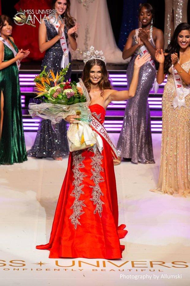 Nhan sắc nóng bỏng của Hoa hậu Hoàn vũ Canada, HHen Niê nên dè chừng - Hình 1