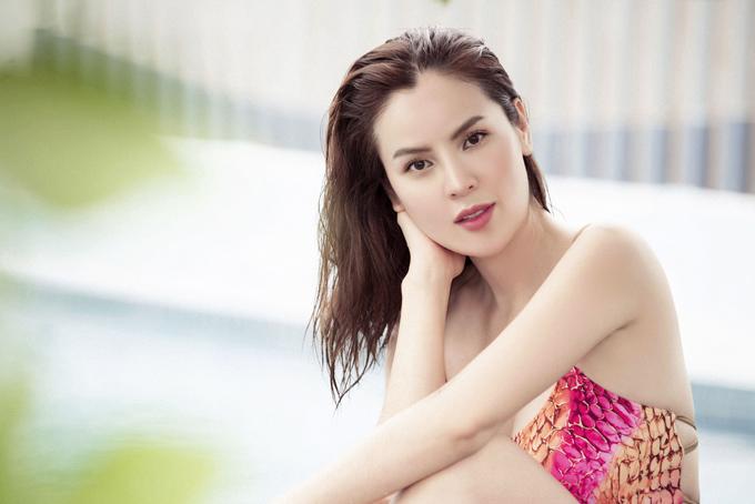 Hoa hậu Phương Lê diện áo tắm, khoe dáng bên hồ bơi - Hình 7