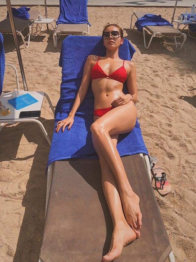 Ai xứng danh nữ thần nội y, bikini của làng chân dài Việt? - Hình 12