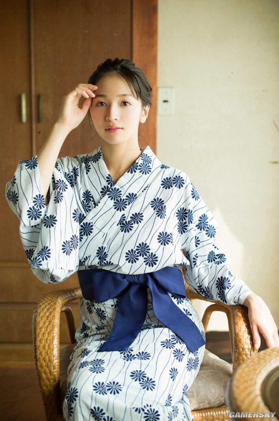 Erika Denya - Người đẹp lai cực hot tại Nhật Bản - Hình 30