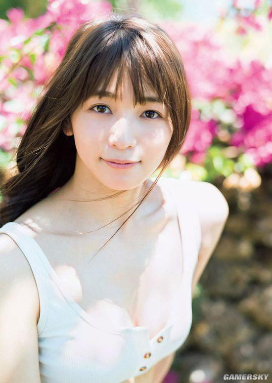 Erika Denya - Người đẹp lai cực hot tại Nhật Bản - Hình 5