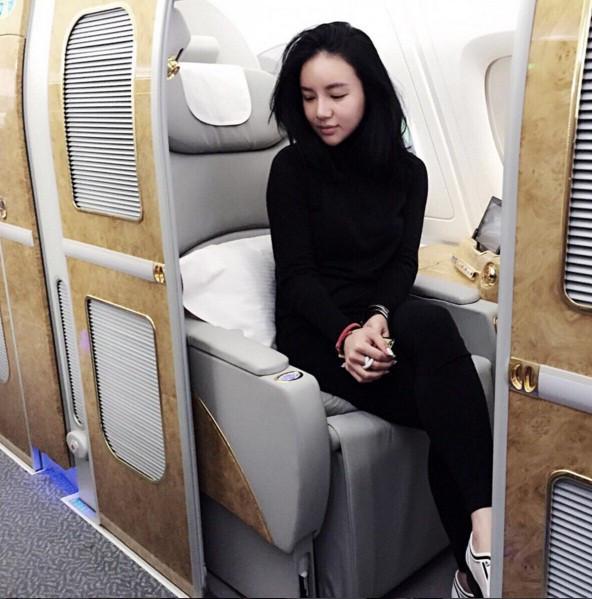 Choáng với cuộc sống đẳng cấp của Con gái tỷ phú Singapore Kim Lim - Hình 10