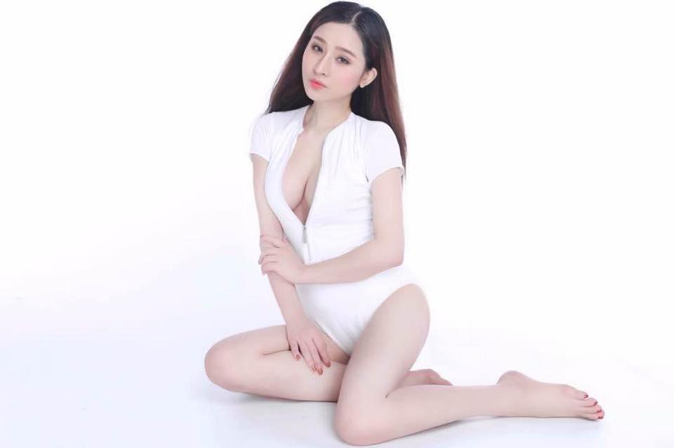 Vợ cũ Hồ Quang Hiếu lại mặc mỏng tang khoe làn da trắng như sứ - Hình 9