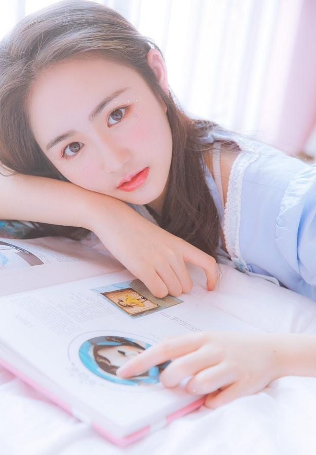 Hot girl 10x Trung Quốc khoe vẻ đẹp ngây thơ xinh đẹp - Hình 7