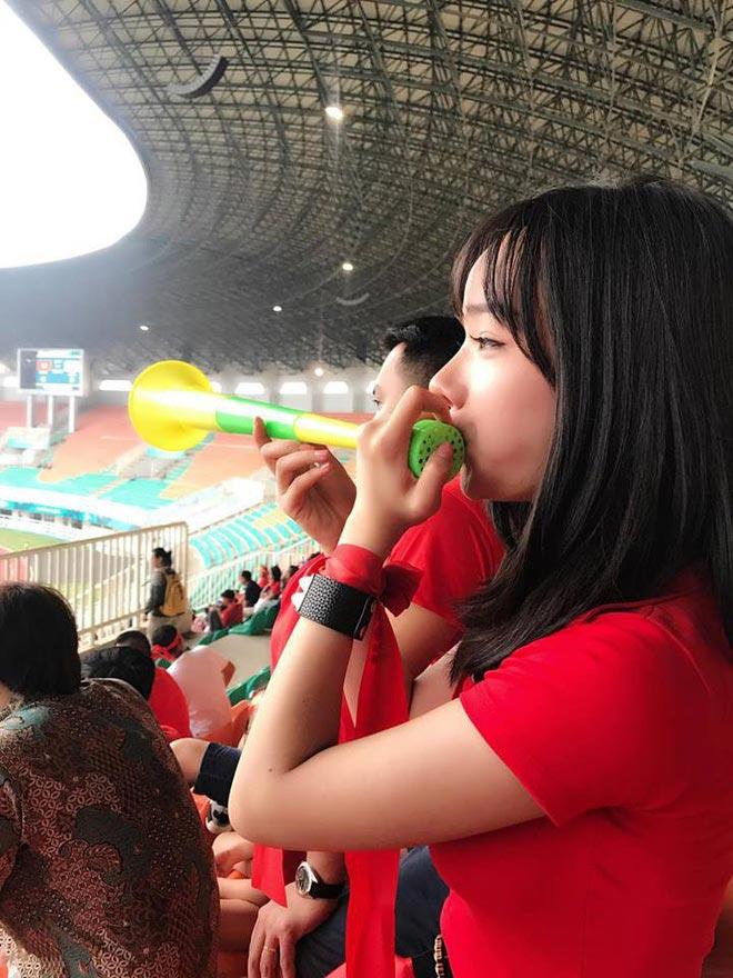 Nữ fan girl Việt xinh đẹp gây sốt mạng Hàn Quốc - Hình 4