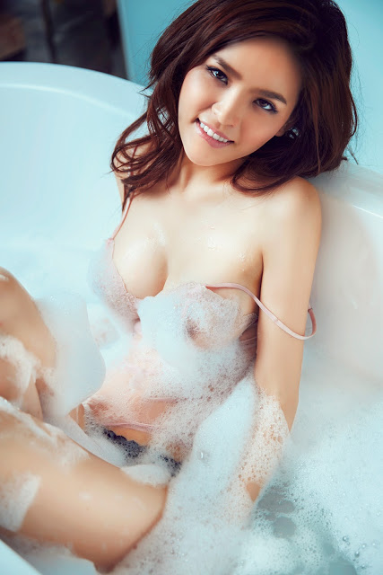Full bộ ảnh bikini bom sex Phi Huyền Trang - Hình 6