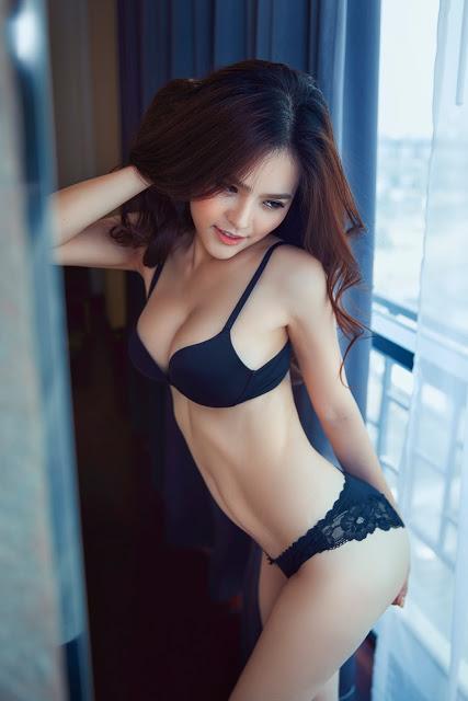 Full bộ ảnh bikini bom sex Phi Huyền Trang - Hình 4