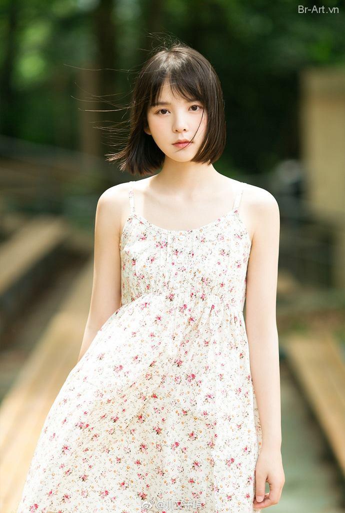 Nét tự nhiên và gương mặt thanh thoát, thánh thiện của em gái Đài Loan - Hình 6