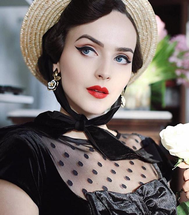 Mê mẩn ngắm cô gái có gương mặt hoàn hảo nhất thế giới - Hình 14