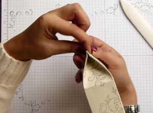 Cách làm túi quà độc đáo bằng giấy - Hình 11