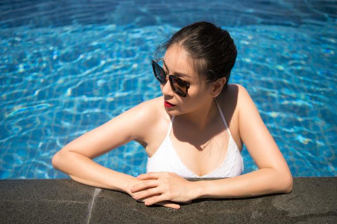 Ở tuổi 42, hoa hậu Hà Kiều Anh vẫn tự tin diện bikini nóng bỏng - Hình 1