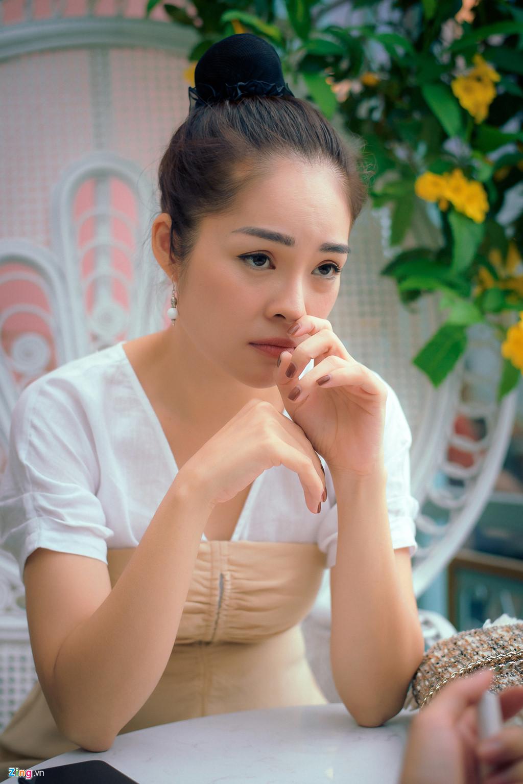 Dương Cẩm Lynh: Tôi khóc cả tháng, chới với khi ôm con ra ngoài sống - Hình 2
