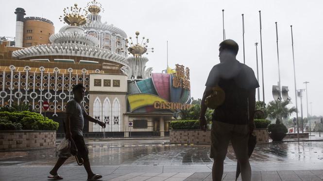 Macau đóng cửa tất cả sòng bài vì siêu bão - Hình 1