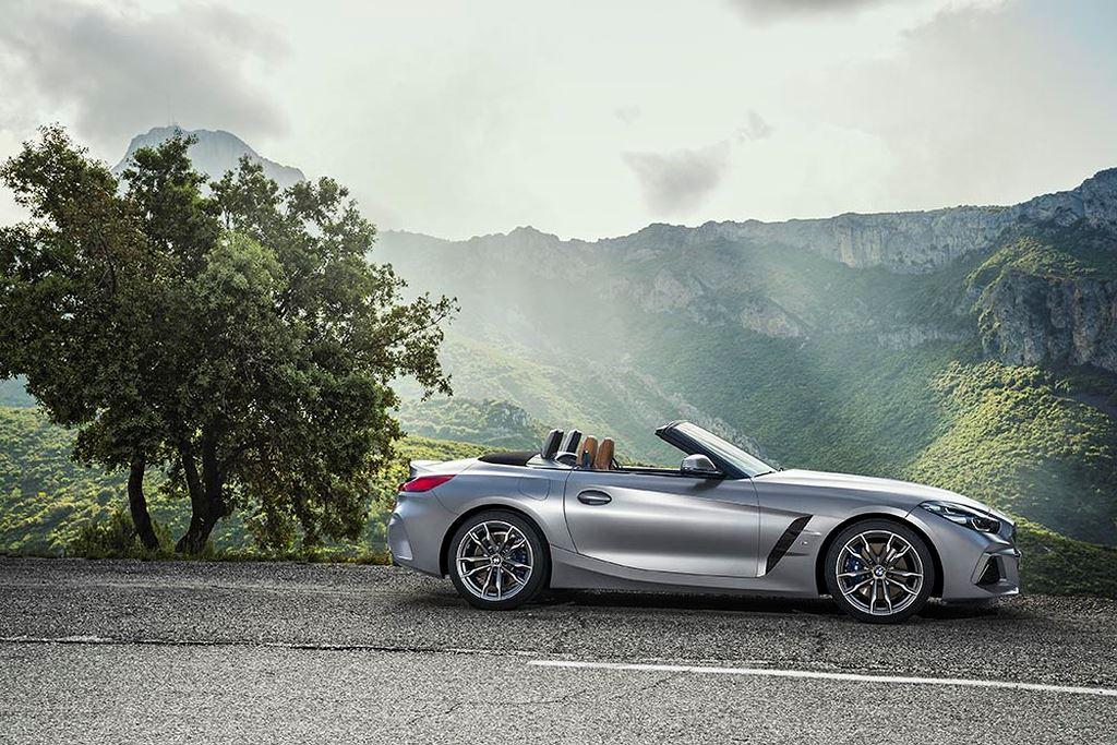 Công bố chi tiết roadster BMW Z4 2019 hoàn toàn mới - Hình 2
