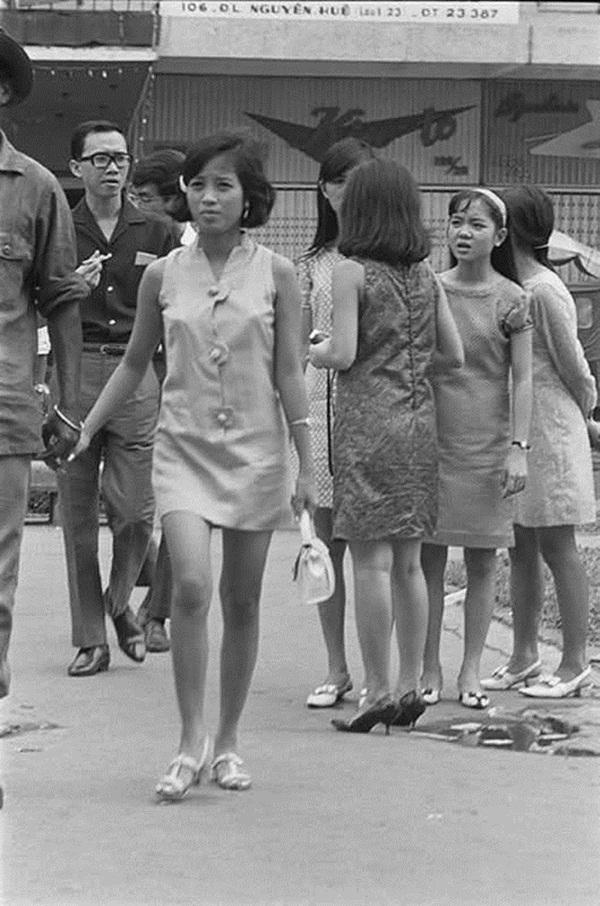 Chiêm ngưỡng nét đẹp phụ nữ qua bộ ảnh Sài Gòn xưa - Hình 13