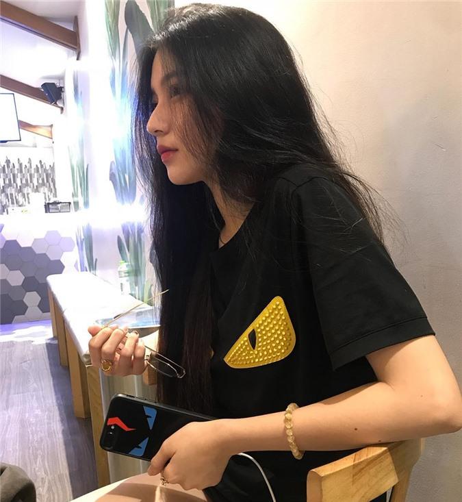 4 cô gái bằng tuổi Hoa hậu Trần Tiểu Vy xinh đẹp và nổi bật - Hình 16