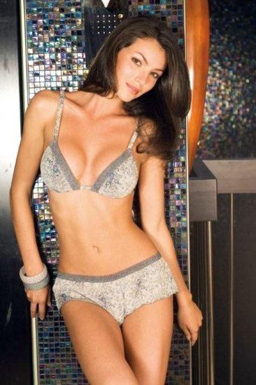 Ngắm cô nàng Nadya Nepomnyashaya diện bikini sexy - Hình 6