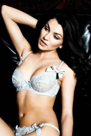 Ngắm cô nàng Nadya Nepomnyashaya diện bikini sexy - Hình 3
