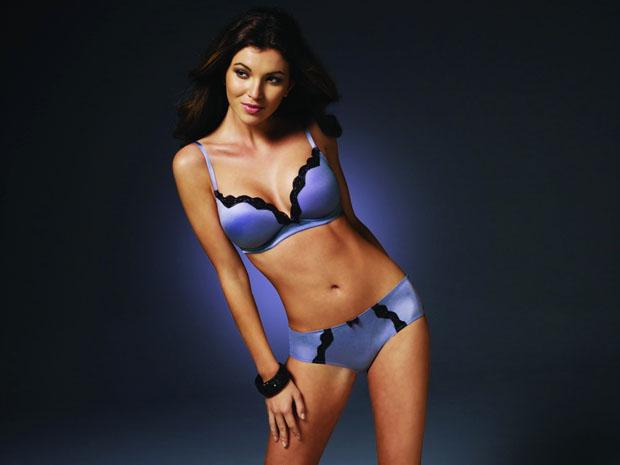 Ngắm cô nàng Nadya Nepomnyashaya diện bikini sexy - Hình 7