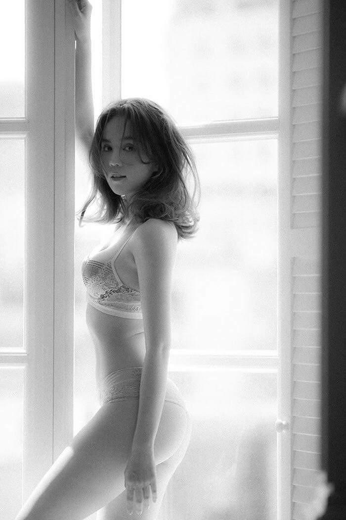 HOT: Ngọc Trinh chính thức tung bộ ảnh bikini sexy mới nhất! - Hình 3