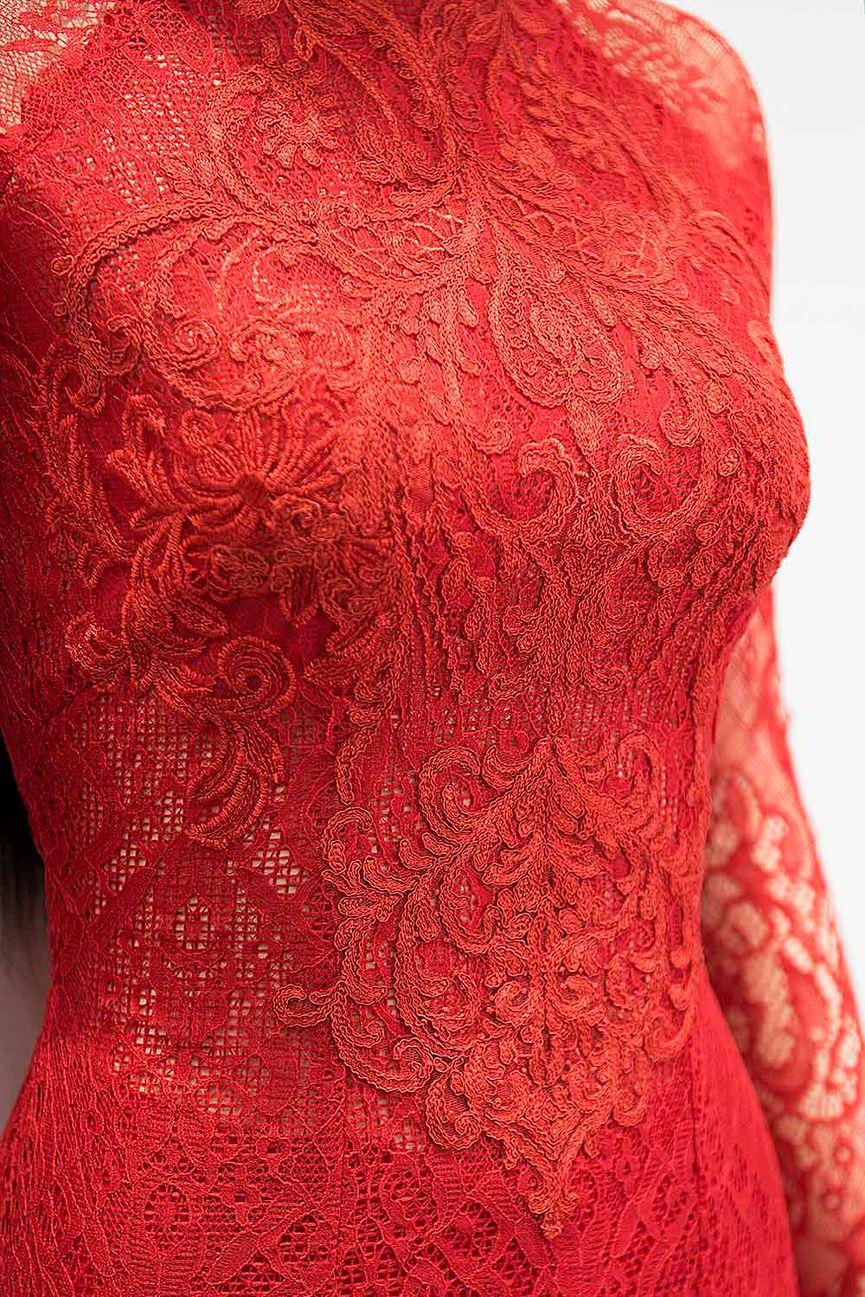 Hé lộ áo dài cưới đỏ rực Nhã Phương mặc trong lễ rước dâu sáng nay - Hình 2