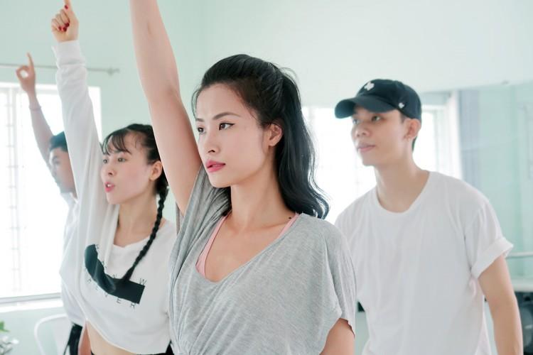 Đông Nhi sẽ trở thành đại diện Việt Nam duy nhất tham dự ASEAN - Japan Music Festival 2018 tại Nhật Bản - Hình 7