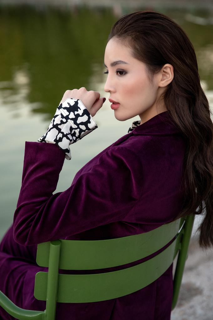 Kỳ Duyên đọ sắc vóc với đệ nhất mỹ nữ Thái Lan Mai Davika tại Paris - Hình 8