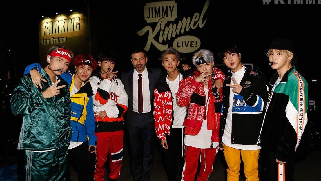 Nghỉ chơi với sân nhà Hàn Quốc, BTS giờ là khách mời thường xuyên của show Mỹ - Hình 8