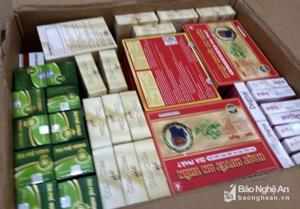 Thu giữ hơn 1.000 hộp thực phẩm chức năng không rõ nguồn gốc - Hình 2