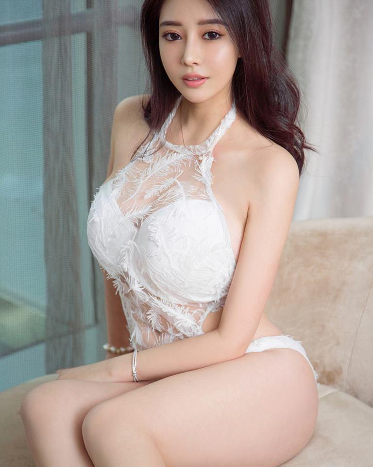 Người đẹp tung ảnh bikini nóng bỏng - Hình 1