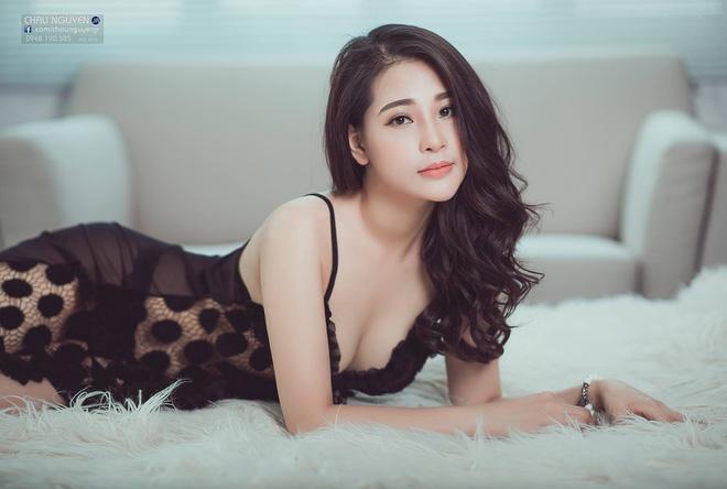 Cận cảnh nhan sắc nóng bỏng của nữ chính phim Tân Kim Bình Mai bản Việt - Hình 5