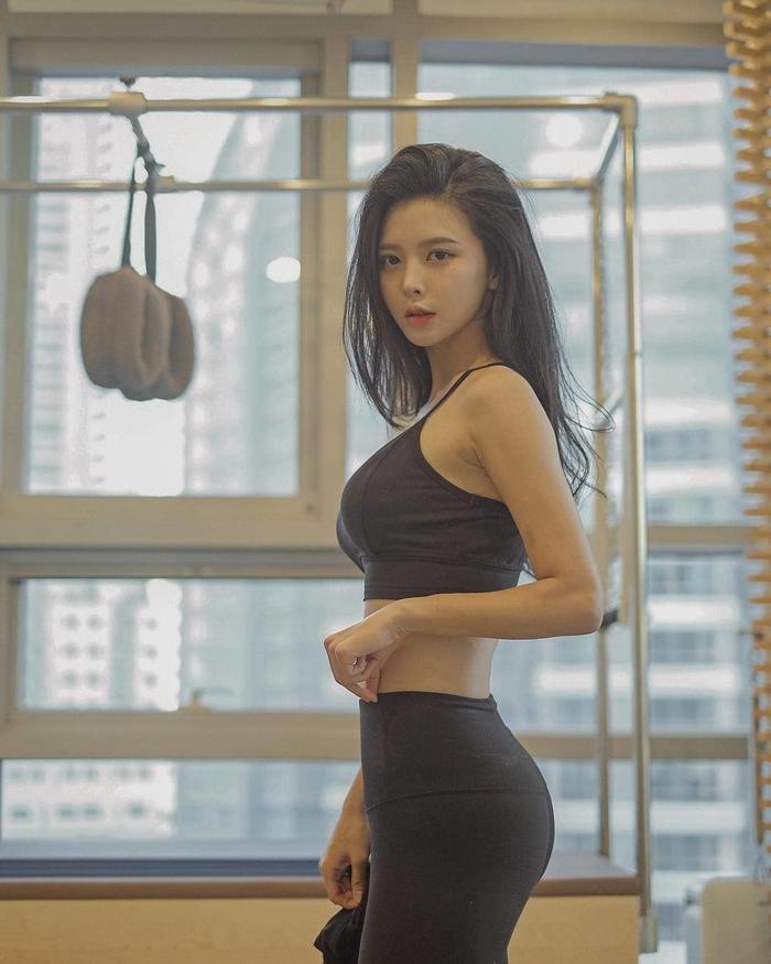 Cận cảnh body nóng bỏng của siêu mẫu Hàn Quốc La Jyong, đảm bảo ai nhìn cũng yêu liền! - Hình 9