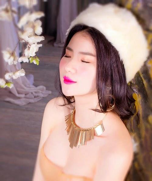 Ngắm girl xinh Huyền Thư siêu sexy với bikini đón noel - Hình 5