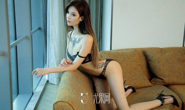 Hot girl xăm trổ có vòng 3 khủng nhất Trung Quốc - Hình 9