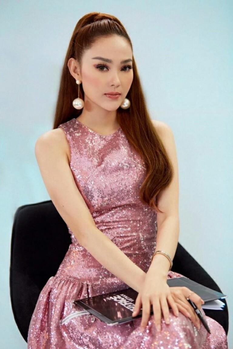 Angela Dip Nua https://vietgiaitri/phuong-oanh-quynh-bup-be-thoi-lam