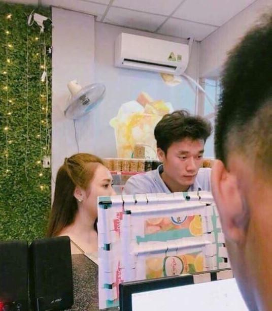 Nhan sắc dàn bạn gái tin đồn của cầu thủ trẻ Việt Nam, toàn hot girl cộng đồng mạng - Hình 3