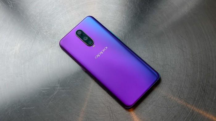 9 smartphone có màu đẹp nhất năm 2018 - Hình 5