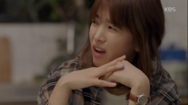 Cảnh Song Hye Kyo xay xỉn trong Encounter gợi nhớ bác sĩ Kang của Hậu duệ mặt trời - Hình 2