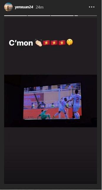 Bạn gái quyến rũ dằn mặt fan, khen Lâm tây chơi hay trước Iran - Hình 1