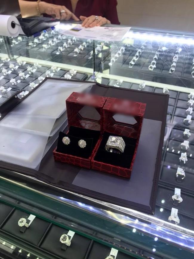 Công chúa chuyển giới Lâm Khánh Chi sở hữu khối tài sản khổng lồ cỡ nào? - Hình 8