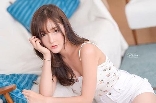 Vẻ đẹp Á - Âu hoàn mỹ của cô gái Thái khiến đàn ông mê mẩn - Hình 3