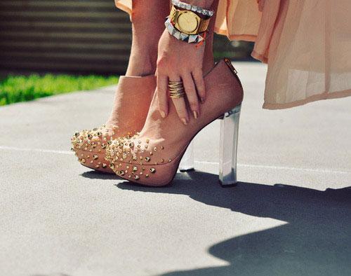 5 mẹo để quyến rũ nhất với giày cao gót - Hình 1
