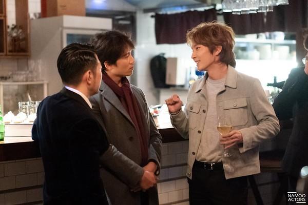 Lee Jun Ki thân thiết với Park Min Young và Ji Sung, cả hai đều là người tình màn ảnh của Park Seo Joon - Hình 3
