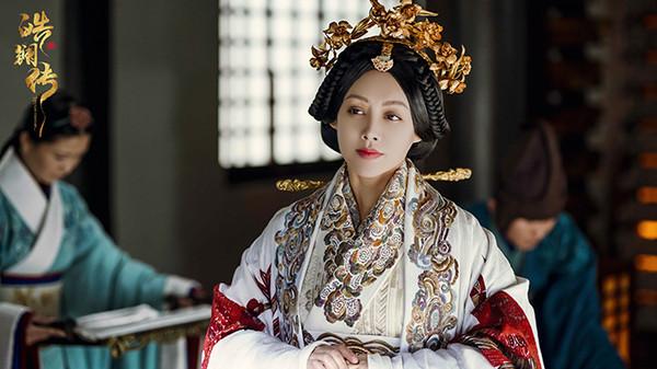'Hạo Lan truyện': Ninh Tịnh từng là Triệu Cơ, sau bao nhiêu năm lại trở thành Vương hậu Triệu quốc, chỉ đẹp lên chứ không thấy già đi - Hình 15