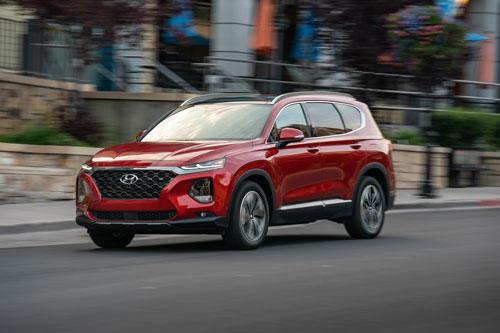 Top 10 xe gia đình giá rẻ đáng mua nhất: Hyundai thắng thế - Hình 3