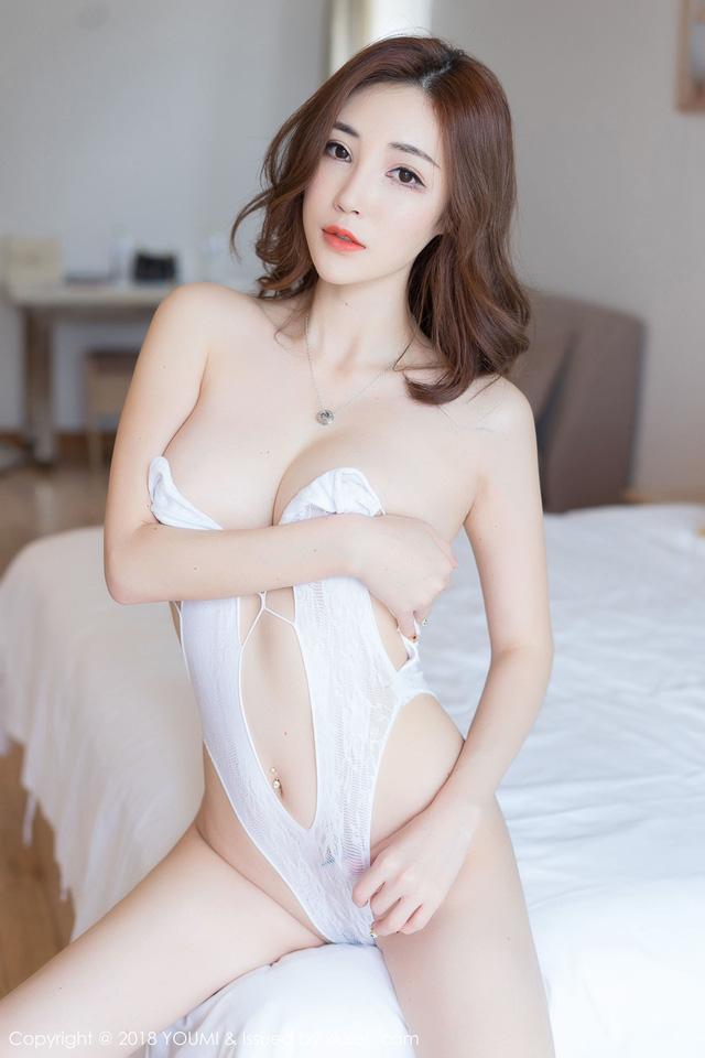 Tan chảy trước vẻ đẹp gợi cảm của cô nàng hot girl Sun Meng Yao - Hình 7