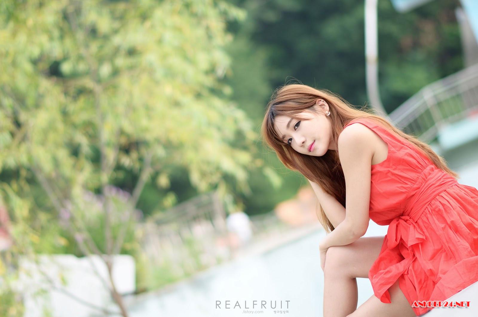 Chân dài Yoon Chae Won xinh đẹp quyến rũ hút mắt người nhìn - Hình 11