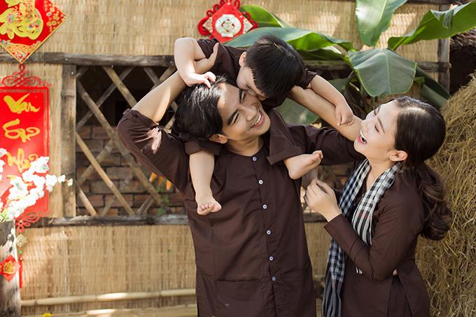 Gia đình Ngọc Lan - Thanh Bình chụp ảnh Tết - Hình 2