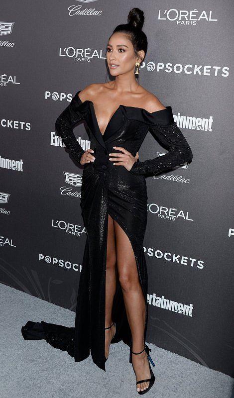 Người đẹp lai Shay Mitchell gợi cảm với đầm cắt xẻ sâu - Hình 4